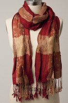 Red-color-scarf-scarf
