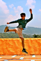 5cm boots - giordano shorts - Aldo sunglasses - calvin klein top