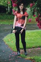 black rain Steve Madden boots - black skinny American Eagle jeans