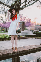 white Ruche dress - black Jigsaw London hat - ruby red vintage scarf