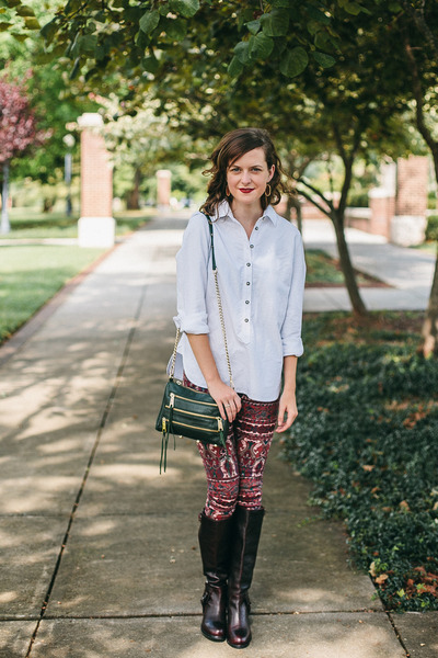 crimson Ariat boots - maroon Somedays Lovin jeans - white Tradlands shirt