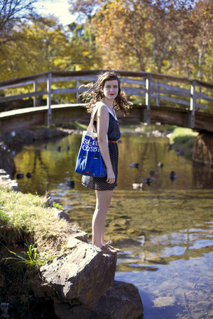 blue great gatsby Out of Print Clothing bag - black polka dot Delias dress