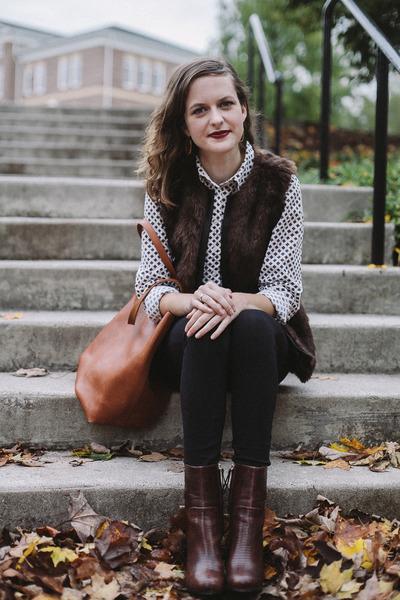 black madewell leggings - crimson H&M boots - white printed Tommy Hilfiger shirt