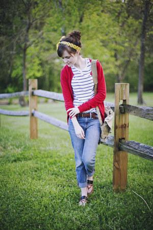 yellow vintage scarf - blue boyfriend Gap jeans - dark khaki army vintage bag