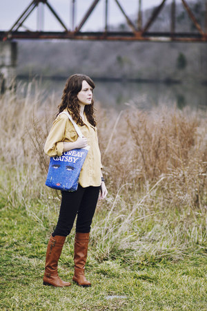 blue tote Out of Print Clothing bag - bronze leather DV Dolce Vita boots