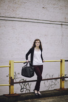 black leather H&amp;M bag - crimson skinny J Brand jeans - white slouchy t-shirt