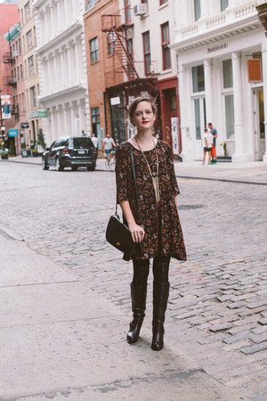 crimson knee high Ariat boots - black paisley Forever 21 dress