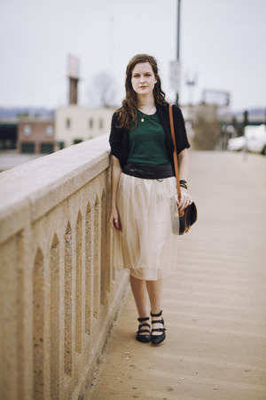 eggshell tulle modcloth skirt - black triple strap Plenty by Tracy Reese flats
