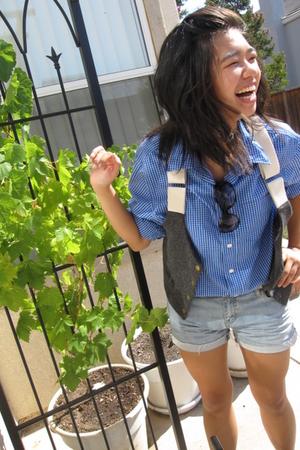 Gap shirt - Urban Outfitters vest - forever 21 shorts - Steve Madden sunglasses