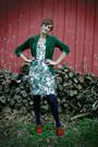 Vera-wang-dress-modcloth-shoes-we-love-colors-tights