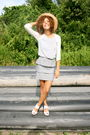 Blue-rory-beca-top-silver-rory-beca-skirt-white-h-m-shoes