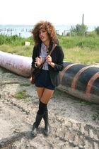 black UO blazer - black UO shoes - blue aa shirt - brown vintage bag
