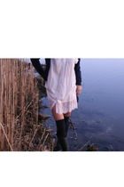 blue simply vera wang coat - beige H&M dress - black American Apparelm socks