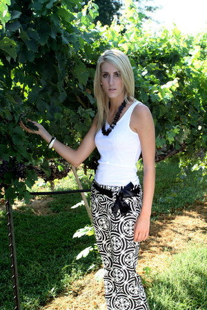 white James Perse top - black Erin Kathleen Couture pants - black Erin Kathleen