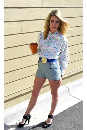 black Forever 21 shorts - blue thrifted vintage belt - black bcbg max azria heel