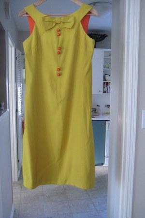 unknown 60s dress