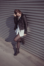 Bershka jacket - Zara boots - Bershka shirt - Dayaday necklace