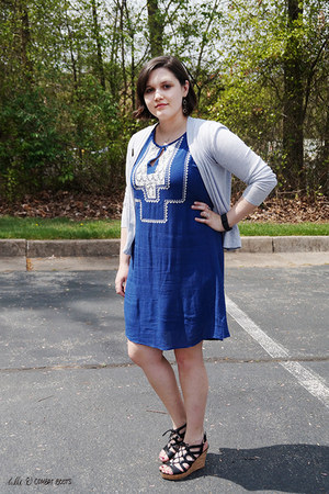 blue c-o schoola Ya Los Angeles dress - heather gray Old Navy cardigan