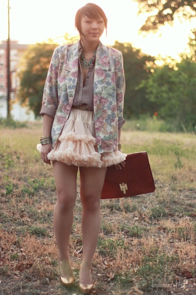 pink florals vintage blazer - tawny leather asos bag