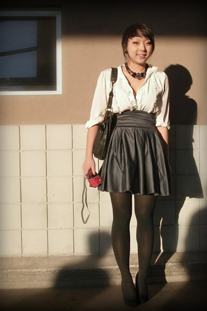 modcloth skirt - vintage blouse - Amrita Singh necklace - lulus shoes - London F