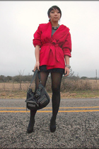 red vintage coat - black f21 skirt - black UO tights - leonello borghi purse - A