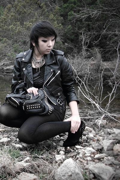 black vintage jacket - f21 dress - UO tights - leonello borghi purse - f21 neckl