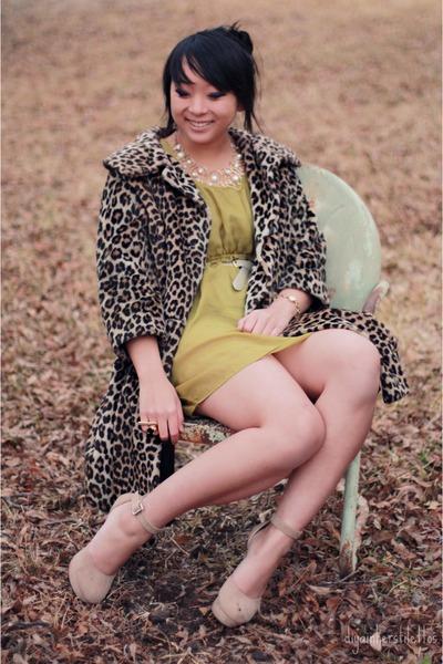 chartreuse silk modcloth dress - camel leopard vintage coat - tan Forever 21 hee