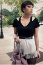 Gray-wet-seal-skirt-black-gifted-eigtheenthnyc-top-black-f21-tights-silver