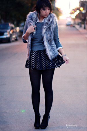 black polka dot Forever 21 skirt - charcoal gray wool Forever 21 sweater