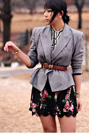 black Forever 21 skirt - heather gray vintage blazer - beige Forever 21 heels