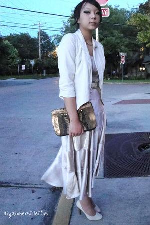 beige thrifted skirt