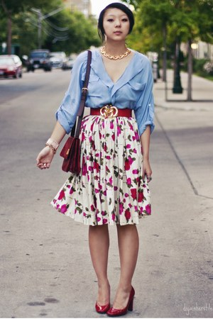 ruby red vintage vintage belt - hot pink floral print vintage skirt - sky blue b