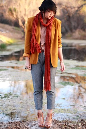 gold vintage blazer - gray lulus pants - ruby red Forever 21 scarf