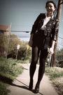 Black-vintage-jacket-white-vintage-blouse-black-f21-skirt-black-random-bel