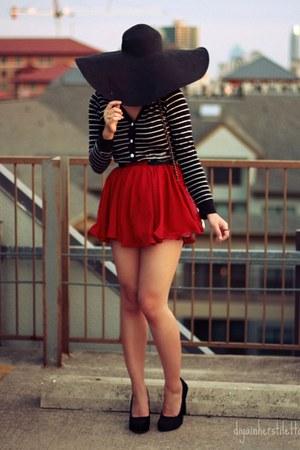 black floppy hat Forever 21 hat - ivory bow Forever 21 bag - ruby red polka dots