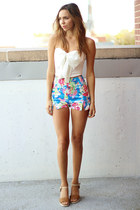 bow Solemio top - high waisted Motel shorts