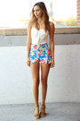 Bow-solemio-top-high-waisted-motel-shorts