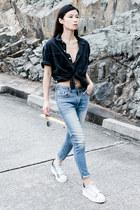 black Topman shirt - light blue American Eagle jeans - white ASH sneakers
