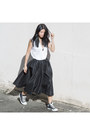 White-cotton-on-top-black-ezzentric-topz-skirt-black-converse-sneakers
