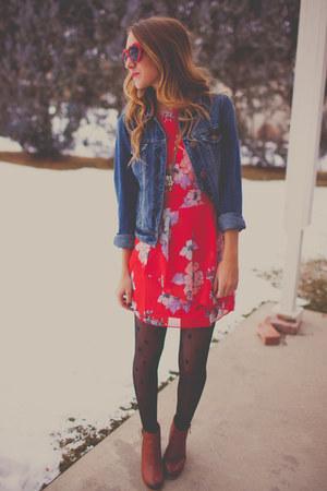 WalG dress - Chloe  Isabel necklace