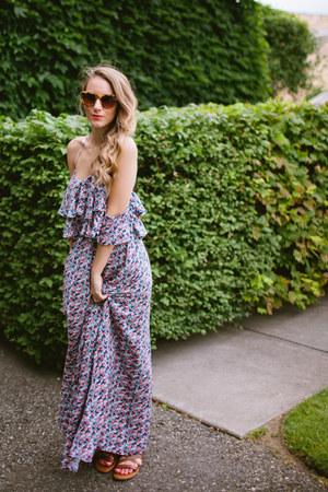 tashi dress