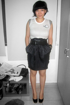 Fourskin t-shirt - Target skirt - zambesi belt - Charles & Keith shoes