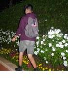 black doc martens boots - brown-gray jansport bag - brown-gray Cherokee shorts