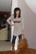 blue the bay leggings - gray H&M sweater - brown Costa Blanca belt - brown le ch