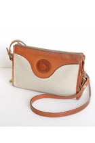 Ivory-vintage-dooney-bourke-bag