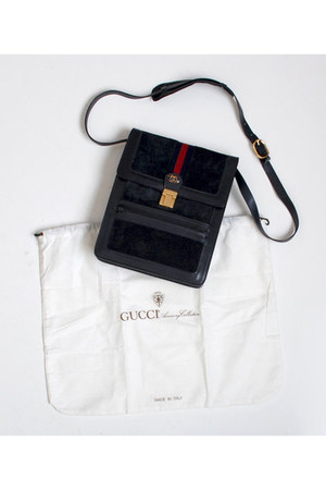 navy Vintage Gucci bag