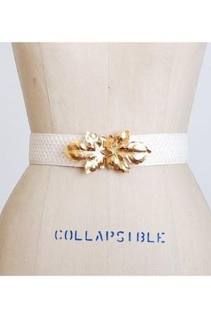 white vintage belt