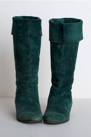 green vintage boots