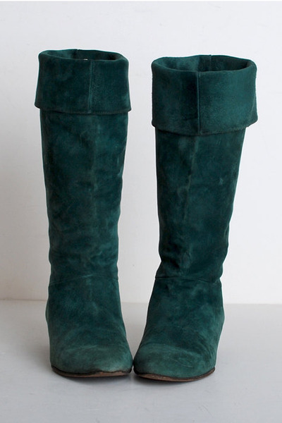 Green Vintage Boots | "|400|600|?|en|2|7492a366c28f59cc145358820388ed16|False|UNLIKELY|0.3386248052120209