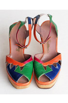 Vintage 70s LEATHER Platform Sandals / Peep Toe 6 36